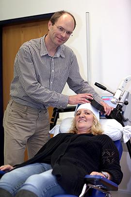 TMS-Spule: Ablauf der Behandlung im Rahmen der transkraniellen Magnetstimulation