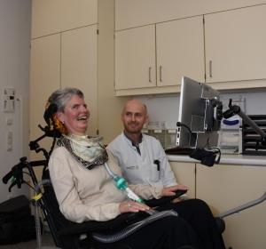 Locked-in-Syndrom bei ALS: Eyetracking-basierte Kommunikation ermöglicht Selbstbestimmung