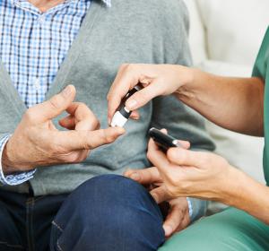 Weniger Hypoglykämien bei Typ-2-Diabetes mit Insulin glargin 300 E/ml