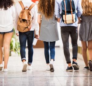 CED: jeder fünfte Betroffene unter 20 Jahren