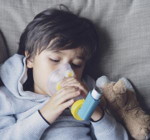 Schweres Asthma: Tiotropium jetzt auch als zusätzliche Dauertherapie für Kinder ab 6 Jahren zugelassen