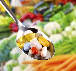 Hoch-bioverfügbarer Curcumin-Komplex plus Vitamin D und Vitamin C
