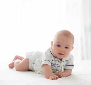 Infektionen im Säuglingsalter: Wie entwickelt sich das Immunsystem im Darm von Kindern?