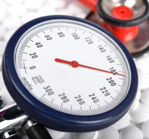 Hypertonie: Grenzwerte verschieben sich bei hochaltrigen Patienten