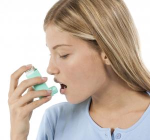 Asthma: Erhöhung der ICS-Dosis mit extrafeiner ICS/LABA-Fixkombination