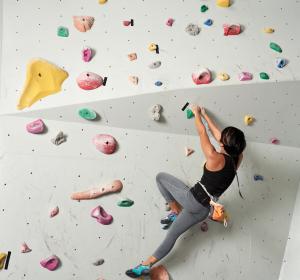 Trendsport Bouldern: Kletter-unspezifische Verletzungen bei Anfängern