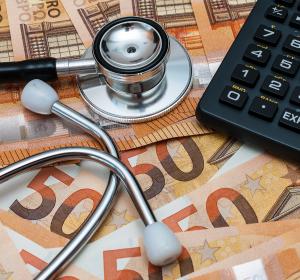 Lipödem: Klinische Studie zu Liposuktion und Schmerzlinderung