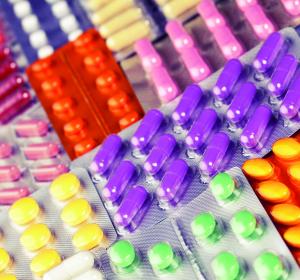 Schmerzpatienten: Wochenblister unterstützt Adhärenz