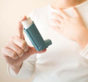 Asthma-Phänotyp mit SAD: Präparate mit extrafeinen Wirkstoff-Partikeln senken Exazerbationsrate