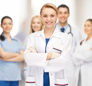 Freie Ärzteschaft: Ärzte und Pflegekräfte benötigen Unterstützung