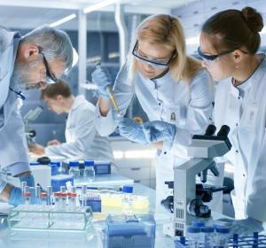 SARS-CoV-2: Antivirale Wirkstoffe und neue Testmodelle