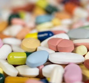 Hartmannbund: Mindesthaltbarkeitsdauer von Medikamenten überprüfen