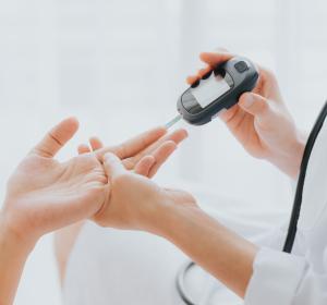 Typ-1-Diabetes: Verbesserte glykämische Kontrolle unter weiterentwickelter Insulin aspart-Formulierung