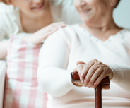 Pflege von Angehörigen kann für Rente angerechnet werden