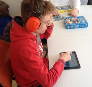 App FURDY hilft, kommunikative Barrieren zu überwinden und kognitive Fähigkeiten zu fördern