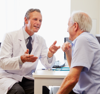 Grauer Star: Was Betroffene über Symptome und Behandlung wissen müssen