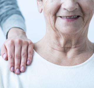 Ältere Menschen und Corona - BZgA gibt Tipps für den Alltag daheim
