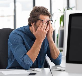 Bildschirmarbeit muss nicht zu trockenen Augen und Verspannungen führen