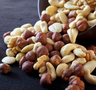 Nüsse sind kein Ersatz für die Darmspiegelung
